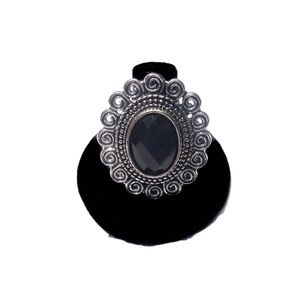 Adjustable Silver Fashion Ring w/Black Rhinestone